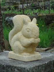 Ecureil pierre de sarlat haut 25 cms